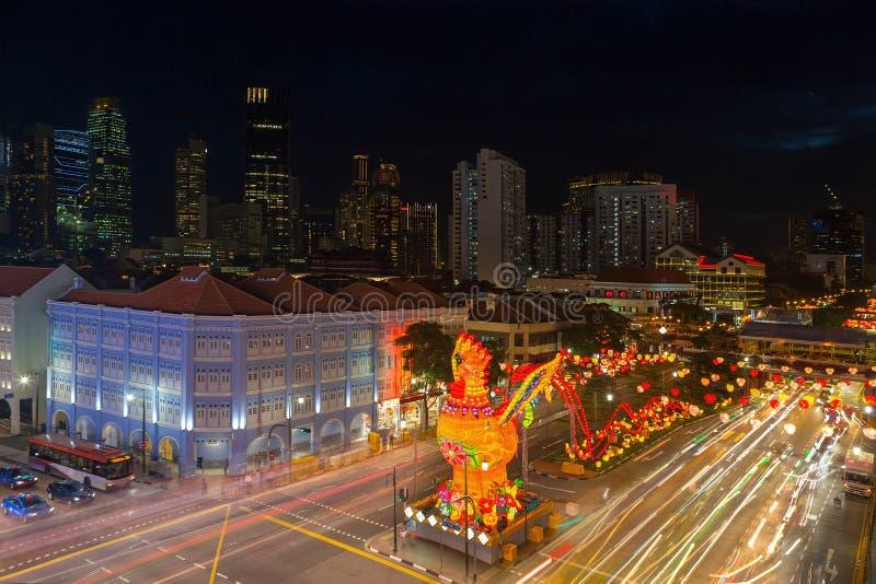 Decoratie van het de Chinatown 2017 de Chinese Nieuwjaar van Singapore royalty-vrije stock foto's