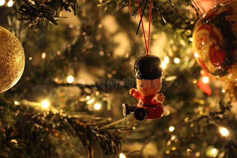 Decoratie van Solider de Hangende Kerstmis royalty-vrije stock foto's