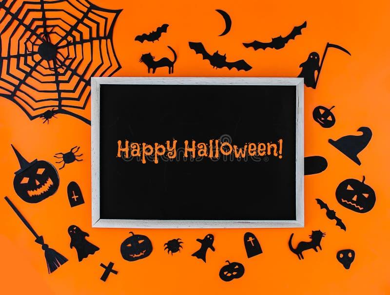 Decoratie voor Halloween-partij Met de hand gemaakt decor Feestelijke groetkaart, affiche, bannerontwerp stock fotografie