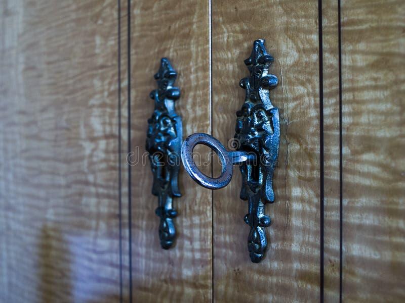 decoratief slot in de deur van meubilair royalty-vrije stock foto's