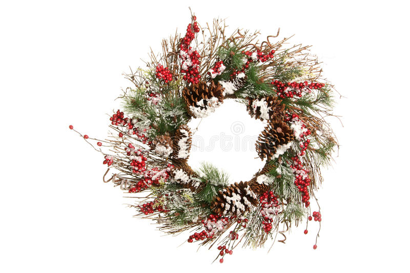 Decoratieve Kerstmiskroon met Takken, Greens en Holly Berries royalty-vrije stock foto's