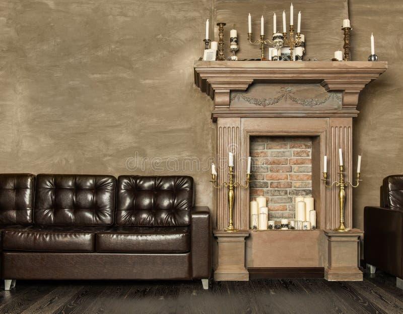 decoratieve open haard met kaarsen stock foto afbeelding. Black Bedroom Furniture Sets. Home Design Ideas