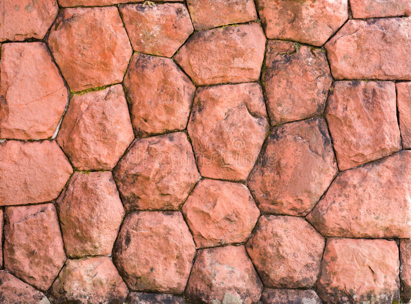 Decoratieve rode echte minerale steen wal royalty-vrije stock fotografie