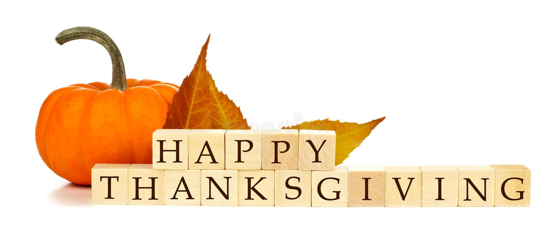 Decorazione di legno di autunno dei blocchetti di ringraziamento felice sopra bianco immagine stock libera da diritti