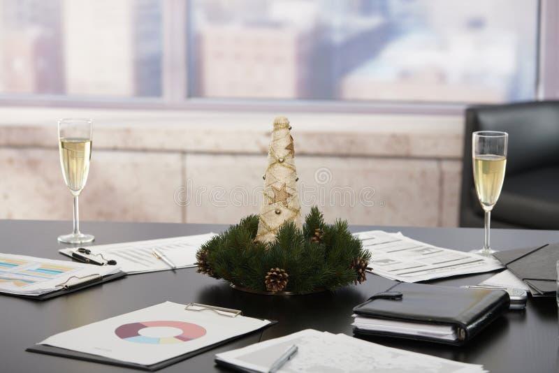 Decorazioni Ufficio Natale : Decorazione di natale in ufficio fotografia stock immagine di