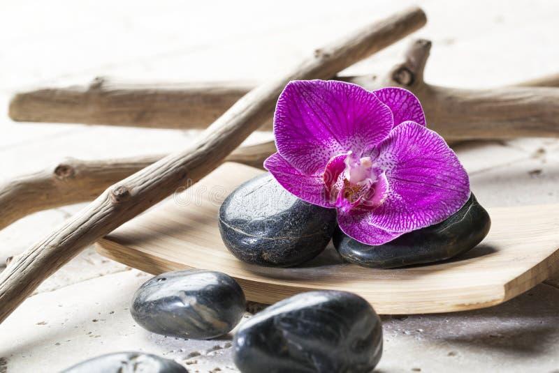 Decorazione di zen per il fondo di yoga o di feng shui immagine stock libera da diritti