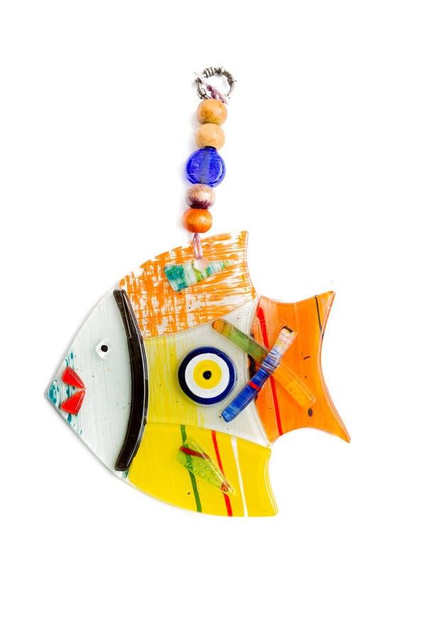 Decorazione fatta a mano di vetro variopinta della parete con forma del pesce fotografie stock libere da diritti