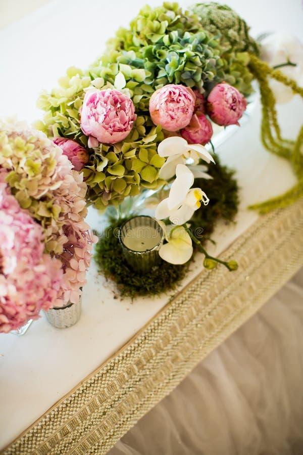 Decorazione floreale di nozze fotografia stock immagine for Decorazione floreale