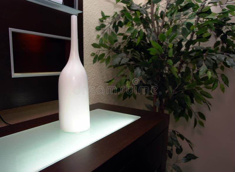 Download Decorazione interna fotografia stock. Immagine di vase - 3886246