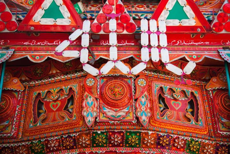 Decorazione su un camion pakistano immagini stock libere da diritti