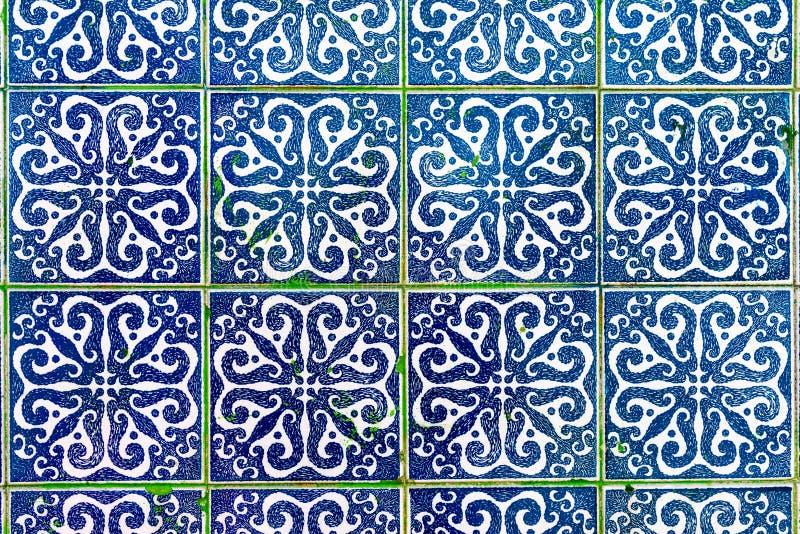 Decorazione tradizionale della facciata della casa a Oporto Typi fotografia stock