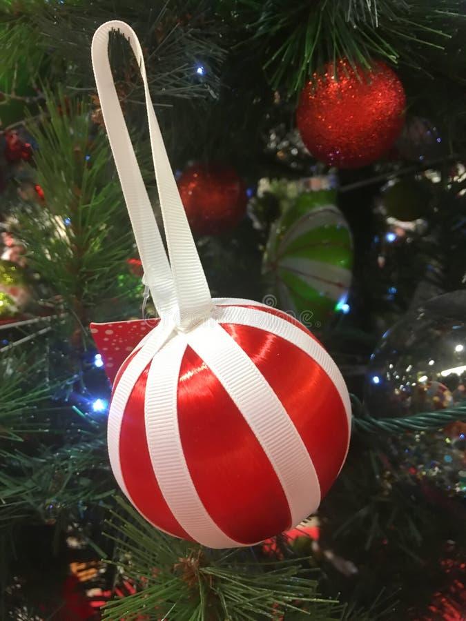 Decorazioni dell'albero di Natale immagine stock libera da diritti