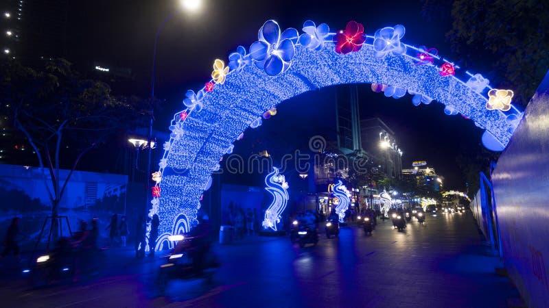 Decorazioni della via per il nuovo anno lunare in Ho Chi MInh fotografia stock