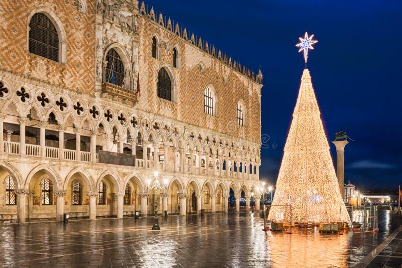 Decorazioni di Natale a Venezia, Italia fotografia stock libera da diritti