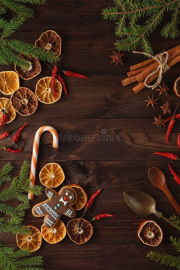 Decorazioni fragranti e naturali di Natale per un albero senza plastica: fotografia stock libera da diritti
