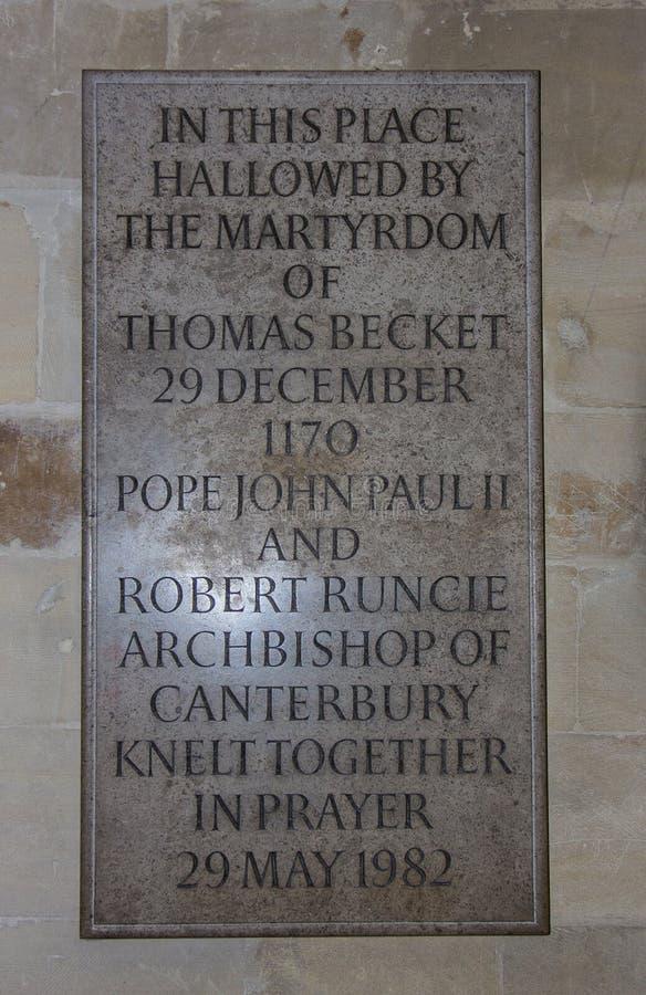 Dedicado conmemorativo a Thomas Becket en la catedral de Cantorbery en Cantorbery, Kent, Inglaterra foto de archivo