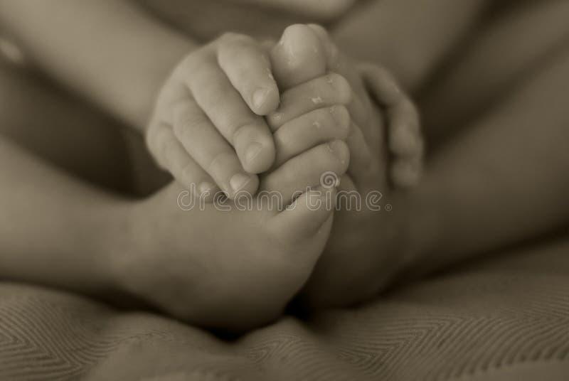 Dedos e dedos do pé do bebê