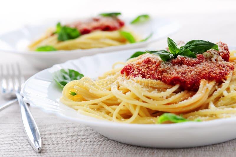 Deegwaren en tomatensaus royalty-vrije stock foto's