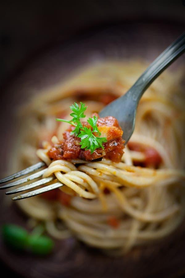 Download Deegwaren met tomatensaus stock foto. Afbeelding bestaande uit gastronomisch - 29502870