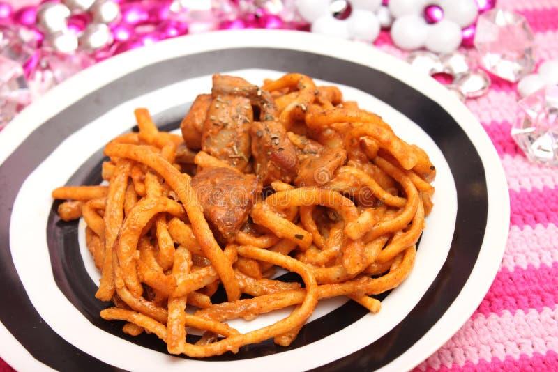 Download Deegwaren met vlees stock foto. Afbeelding bestaande uit saus - 54086498