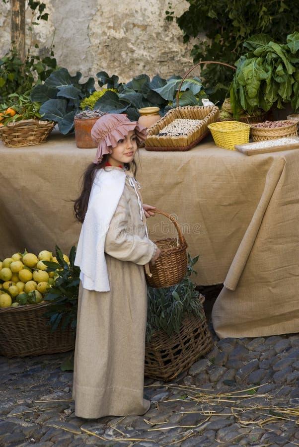 Deelnemer van middeleeuwse kostuumpartij royalty-vrije stock afbeelding