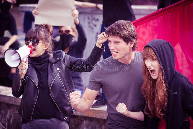 Deelnemers van straatdemonstratie stock foto's