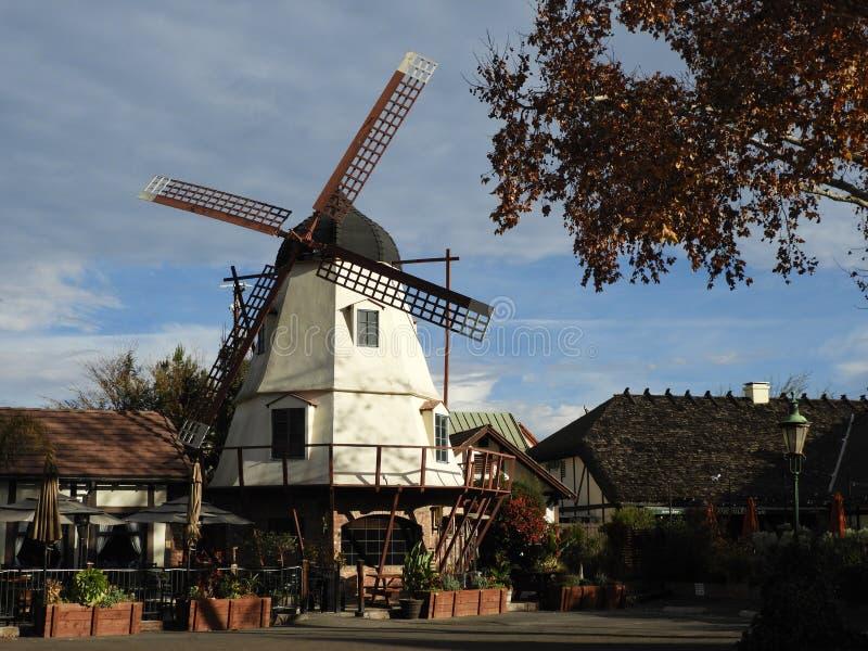 Deense Windmolen in Solvang-Dorp in Californië stock afbeeldingen
