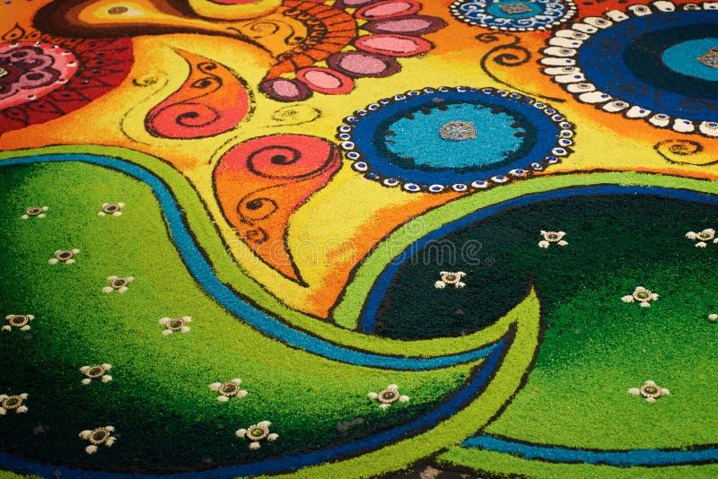 Deepak met kleurrijke rangoli stock foto's