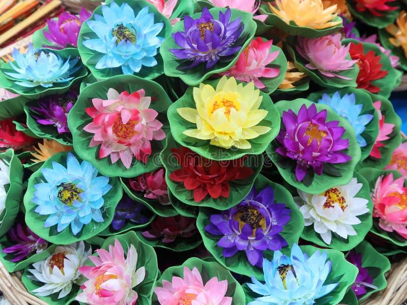Deepavali Lotus Candles para la venta en la poca India, Singapur imagenes de archivo