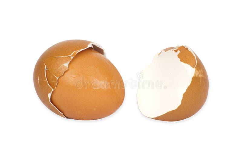 Defekte Eierschale auf wei?em Hintergrund mit cipping Weg stockbild