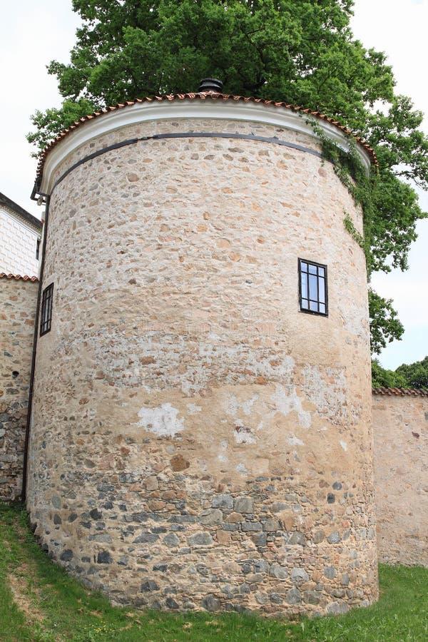 Defenda a torre no palácio Breznice foto de stock