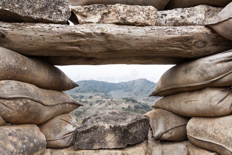 Download Defensivt Stridighetpos. I Alcubierre, Spanien Fotografering för Bildbyråer - Bild av ytter, borgerligt: 27277425