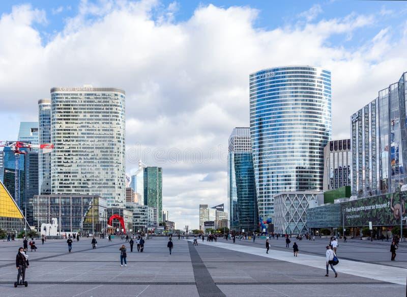 Defesa Paris do La da arquitetura da cidade, França fotografia de stock
