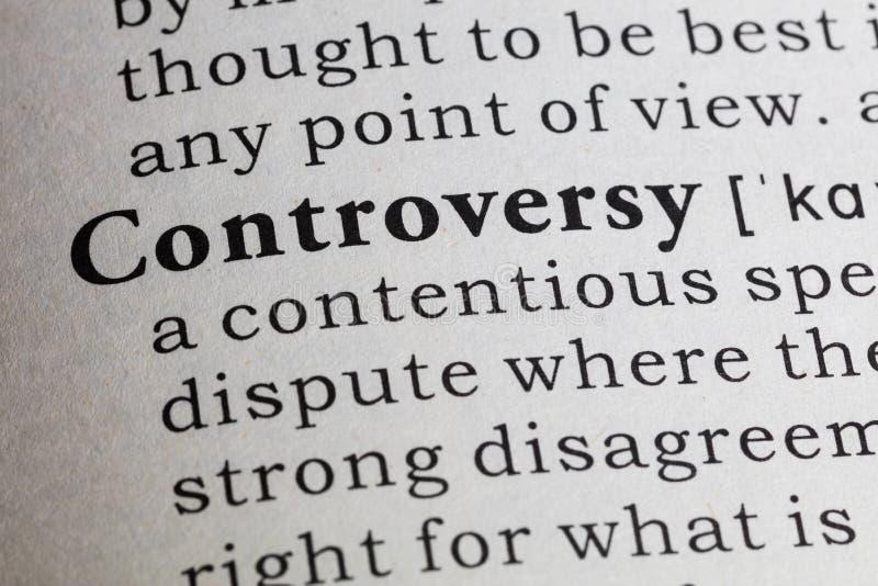 Definição da controvérsia fotos de stock