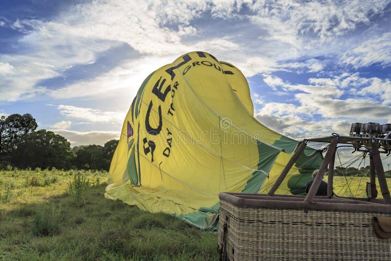 Deflating balon po miękkie lądowanie operacji fotografia royalty free