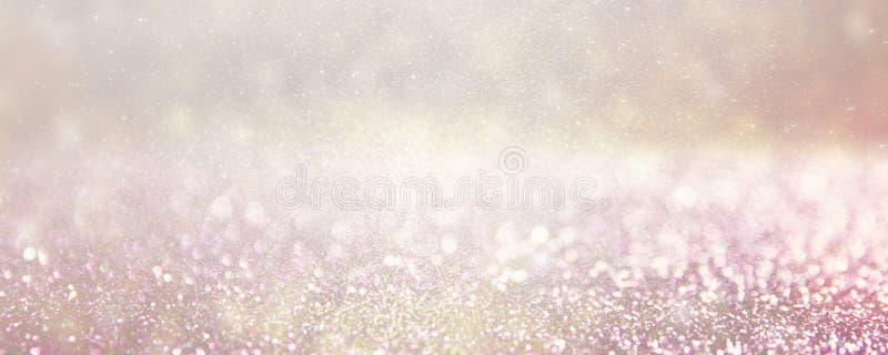Defocused серебр и фото предпосылки светов пинка стоковое изображение