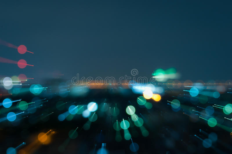 Defocused abstrakte Stadtnacht beleuchtet Hintergrund lizenzfreie stockbilder