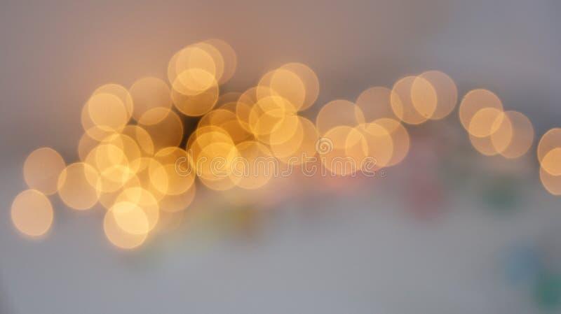 Defocused rund bakgrund för abstrakt bokeh Festliga defocused ljus arkivbilder