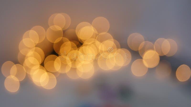 Defocused rund bakgrund för abstrakt bokeh Festliga defocused ljus royaltyfri foto