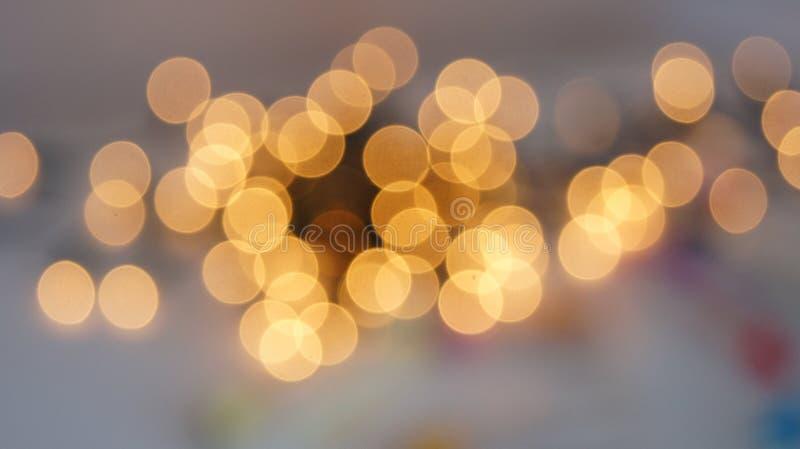 Defocused rund bakgrund för abstrakt bokeh Festliga defocused ljus royaltyfria bilder