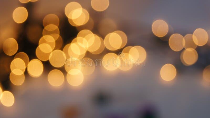 Defocused rund bakgrund för abstrakt bokeh Festliga defocused ljus arkivfoton