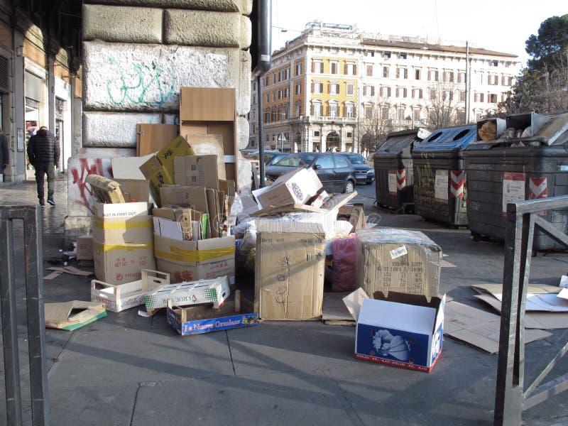 Degradazione urbana a Roma, Italia immagini stock