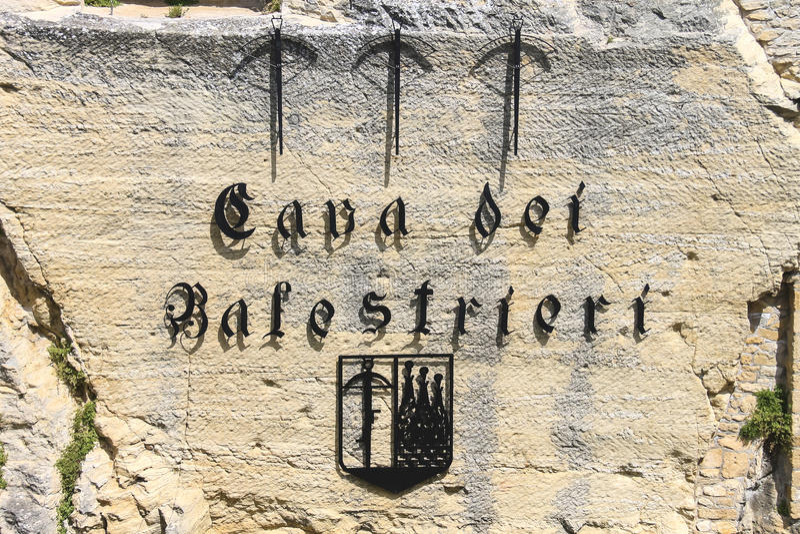 Dei cave Balestrieri - extrayez les arbalétriers au Saint-Marin Le représentant photographie stock libre de droits