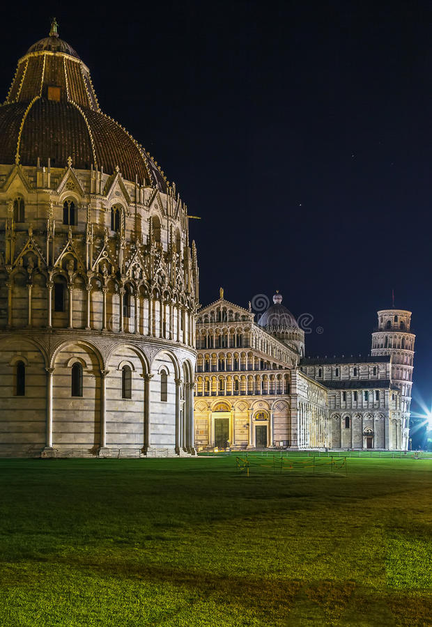 Dei Miracoli da praça, Pisa, Italy imagens de stock royalty free