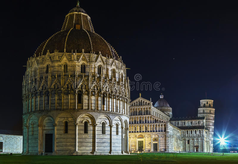 Dei Miracoli, Pisa, Italia de la plaza fotografía de archivo