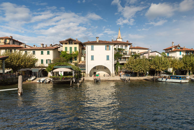 Dei Pescatori de Isola no lago Maggiore perto de Stresa fotos de stock royalty free