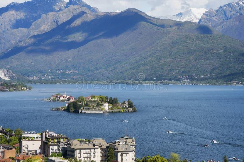 Dei Pescatori, die ber?hmten Inseln Isola Bella und Isola auf Lago Maggiore See Stresa, Italien stockbild