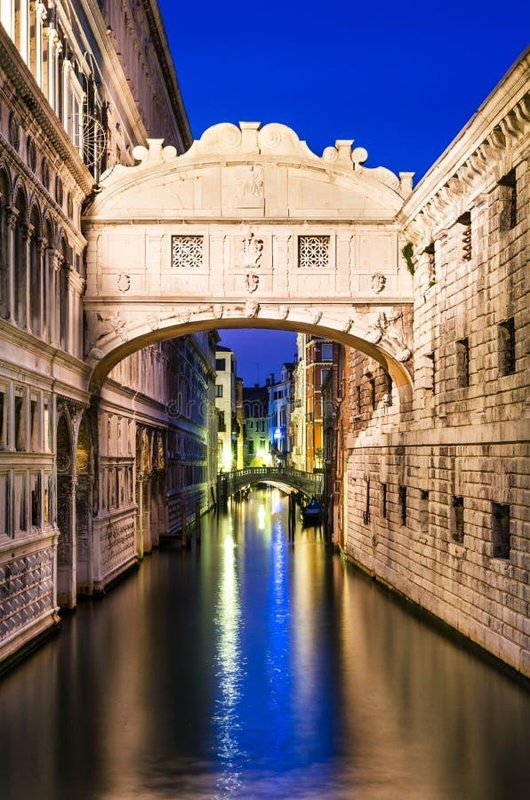 Dei Sospiri de Ponte em Veneza, ponte dos suspiros foto de stock royalty free