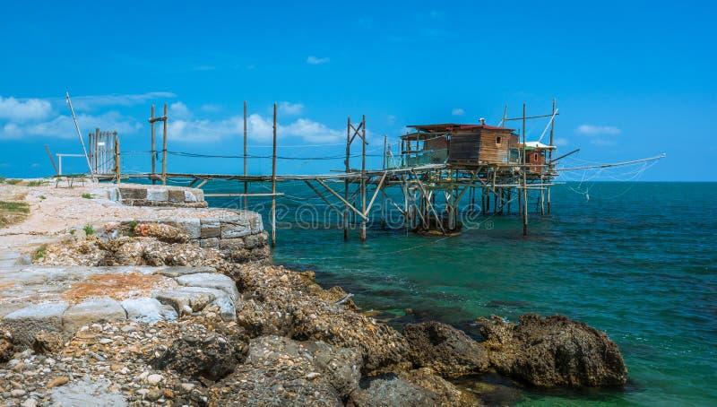 Dei Trabocchi da costela, província de Chieti, Abruzzo & x28; Italy& x29; fotos de stock