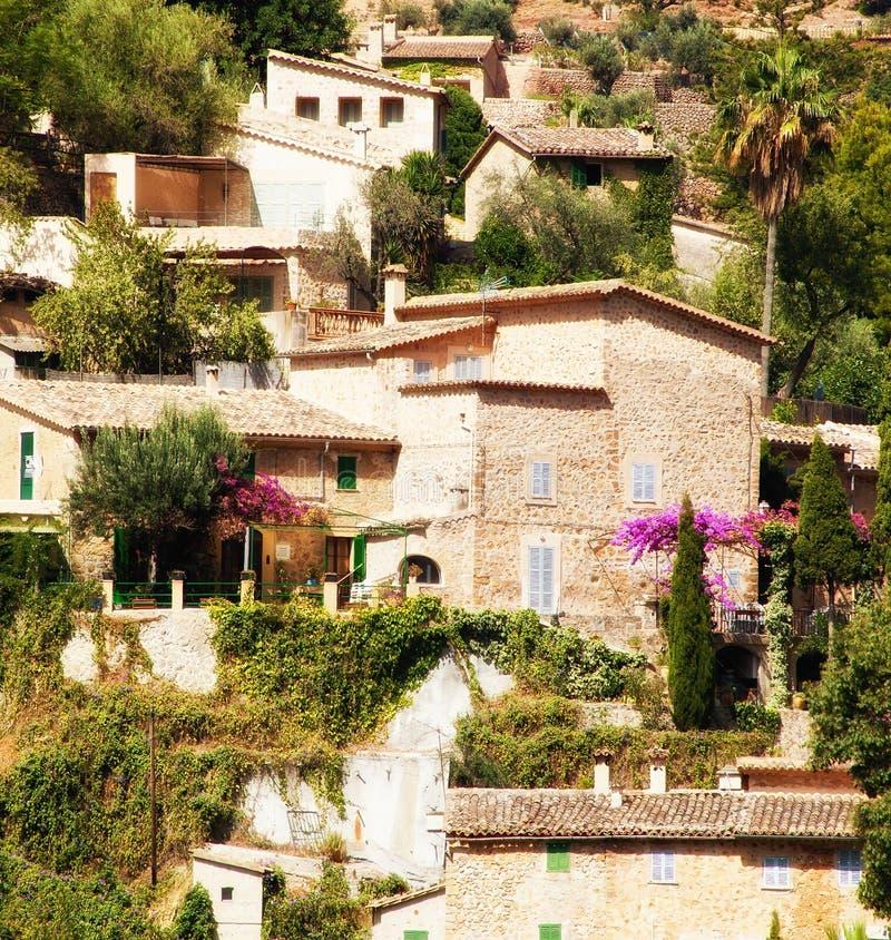 Deia by i Mallorca, Spanien royaltyfri foto